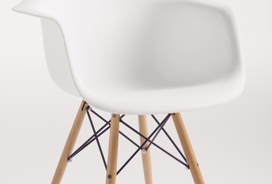 Sillon tower nordico patas madera blanco