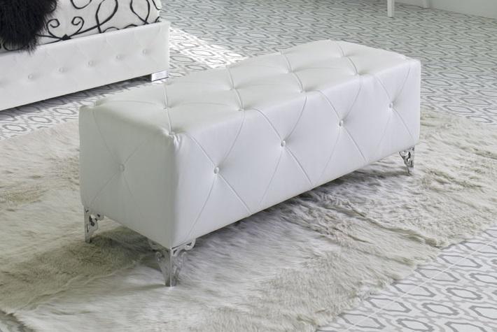 Banqueta pie de cama tapizada capitone B-24