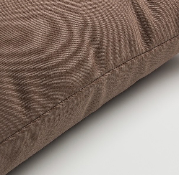 Cojin exterior liso marron 45x45