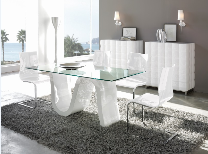 Conjunto mesa blanco brillo mesa DT-04 sillas CH-1003