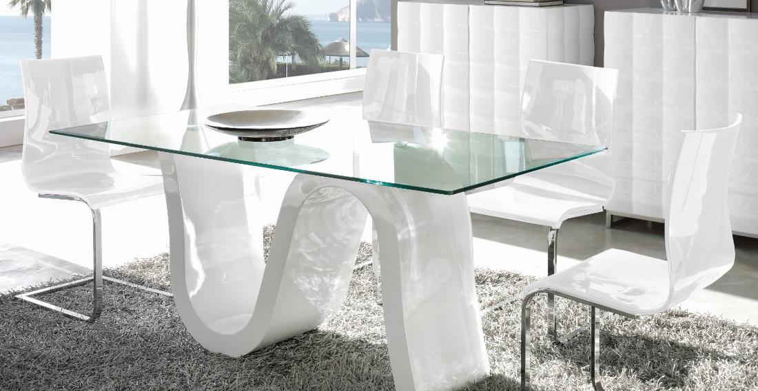 Conjunto mesa DT-04 sillas CH-1003 blanco brillo