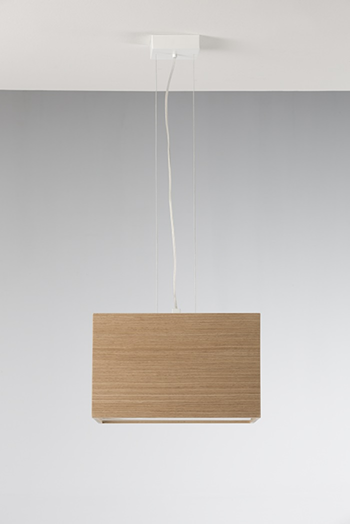 Kube lampara colgante roble 40x40