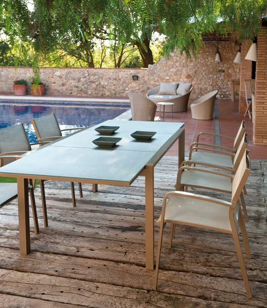 Conjunto mesa extensible themis silla Lawrence champagne