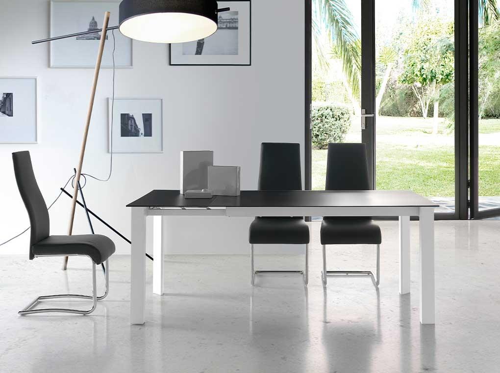 Mesa de comedor Mistral extensible cristal negro 140-190x90