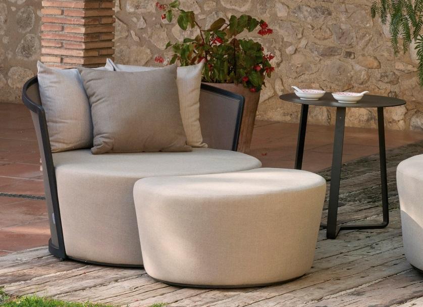 Sillon relax tapizado con pouf Ventura taupe